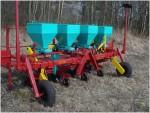 4-х рядная машина для посадки лука-севка-3