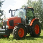 Трактор Kubota 4WD M110 GX-1